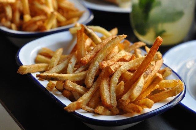 Les frites de Paris New York Hamburgers