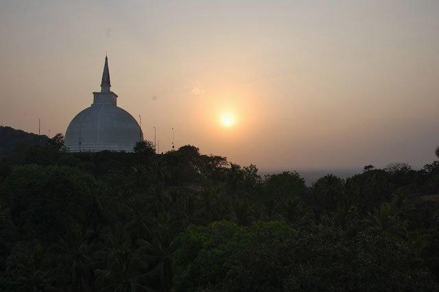 Sri Lanka - coucher de soleil à Mihintale