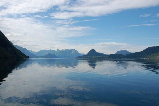 Norvège : sur la route d'Alesund, l'Innfjord et le Tresfjord