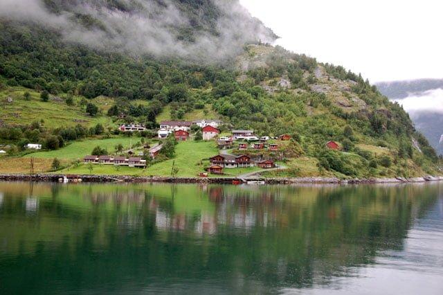 Norvège, à bord du ferry dans le Geirangerfjord