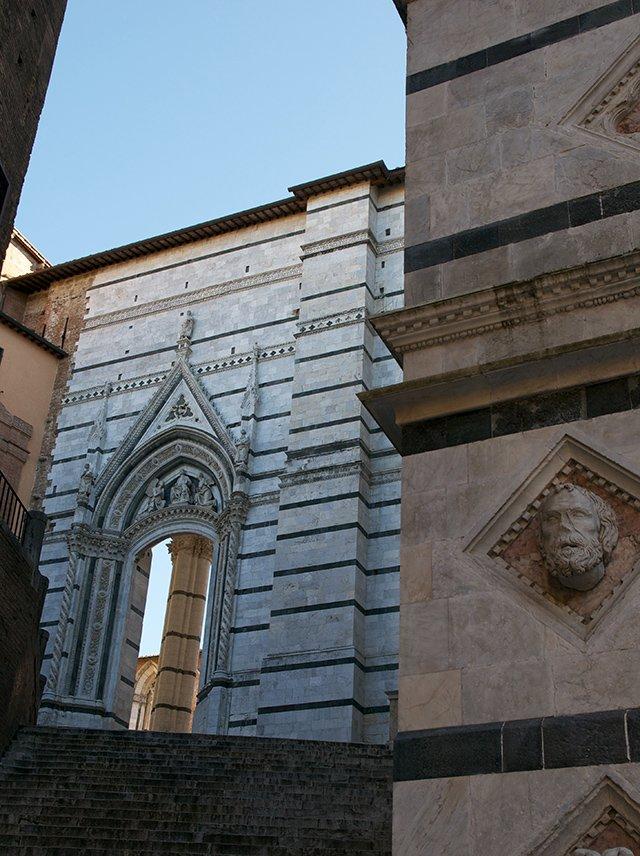 La cathédrale Santa Maria Assunta de Sienne en Toscane