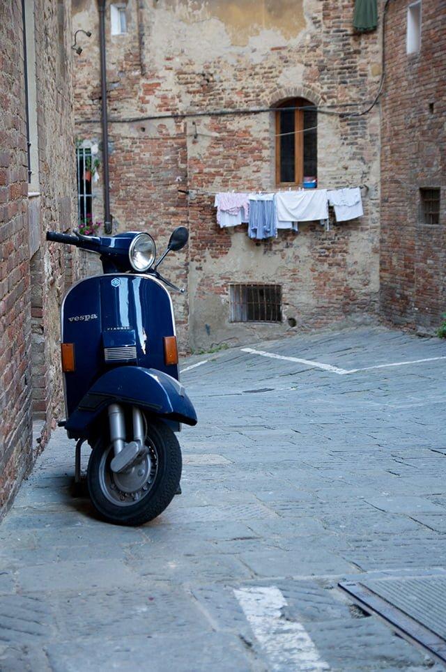 Dans les ruelles de Sienne en Toscane