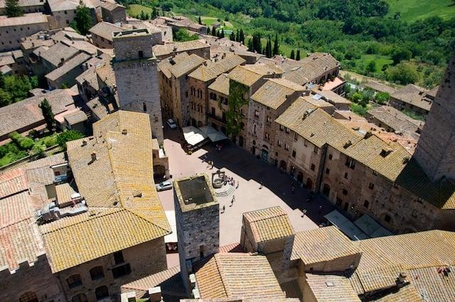 Vue sur San Gimignano en Toscane