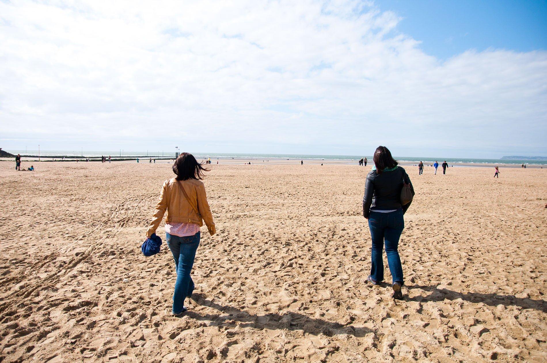 Plage de Trouville en Normandie - 22 v'la Scarlett