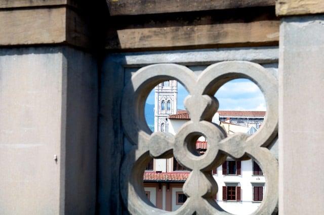 Vue sur la cathédrale Piazza del Duomo à Florence (Firenze) en Toscane en Italie