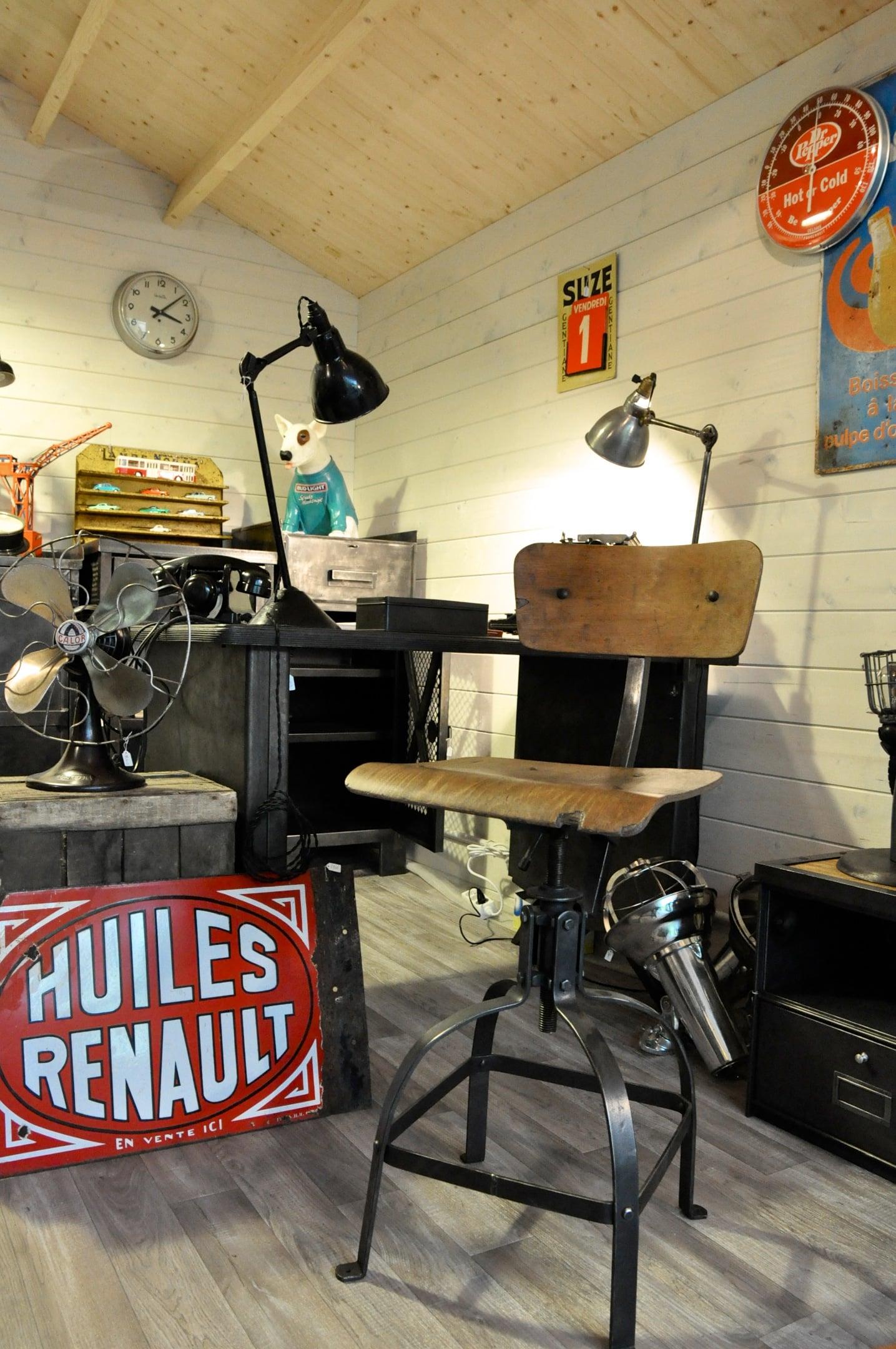 O'Range Metalic, atelier de mobilier industriel et brocante à Bievres