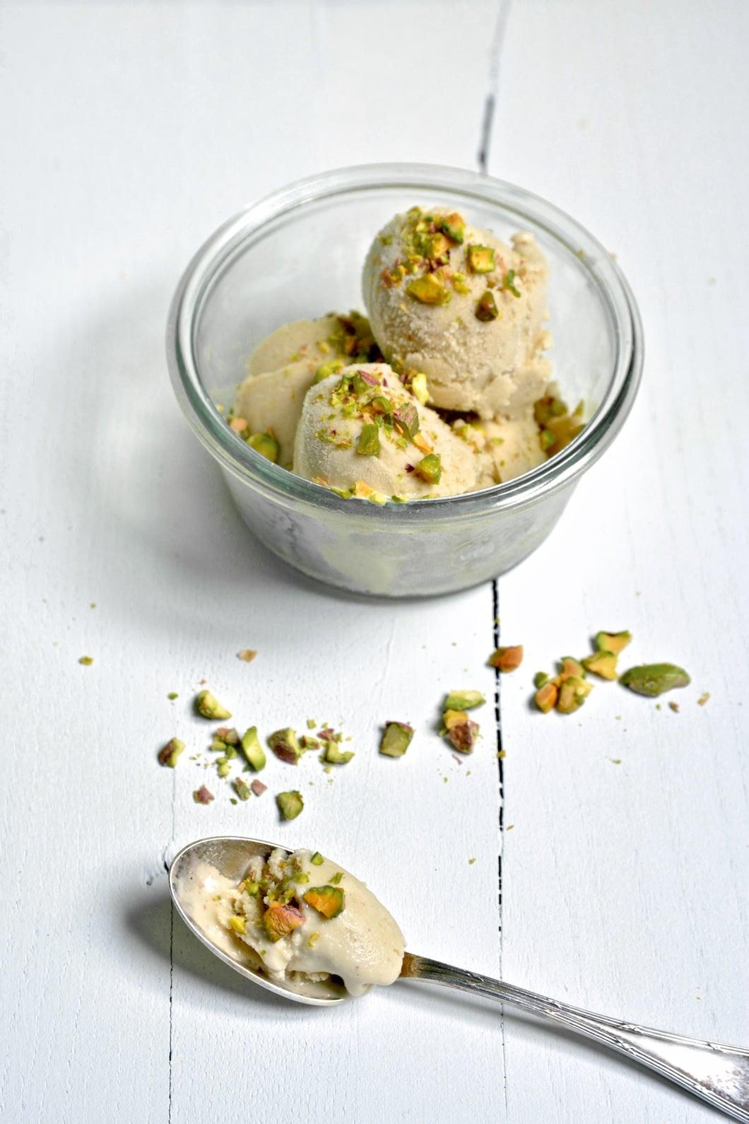 Glace à la pistache (trop bonne) sans lactose, sans gluten et vegan - 22 v'la Scarlett