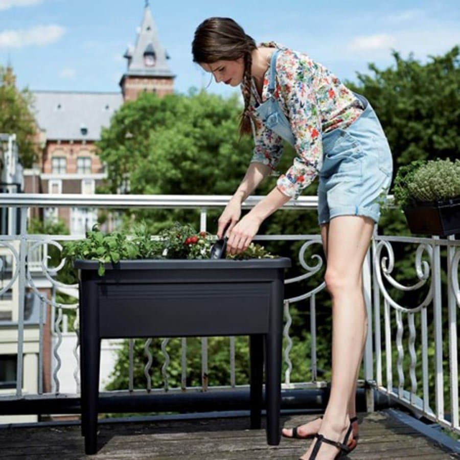 5 potagers sur pieds pour sa terrasse ou son balcon 22 v la scarlett l live good eat good. Black Bedroom Furniture Sets. Home Design Ideas