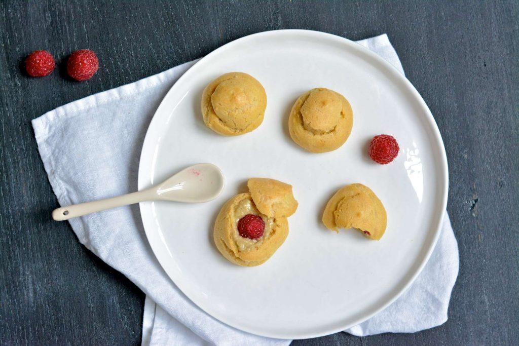 Mes petits choux sans gluten et sans lactose à la crème de pistache et aux framboises - 22 v'la Scarlett