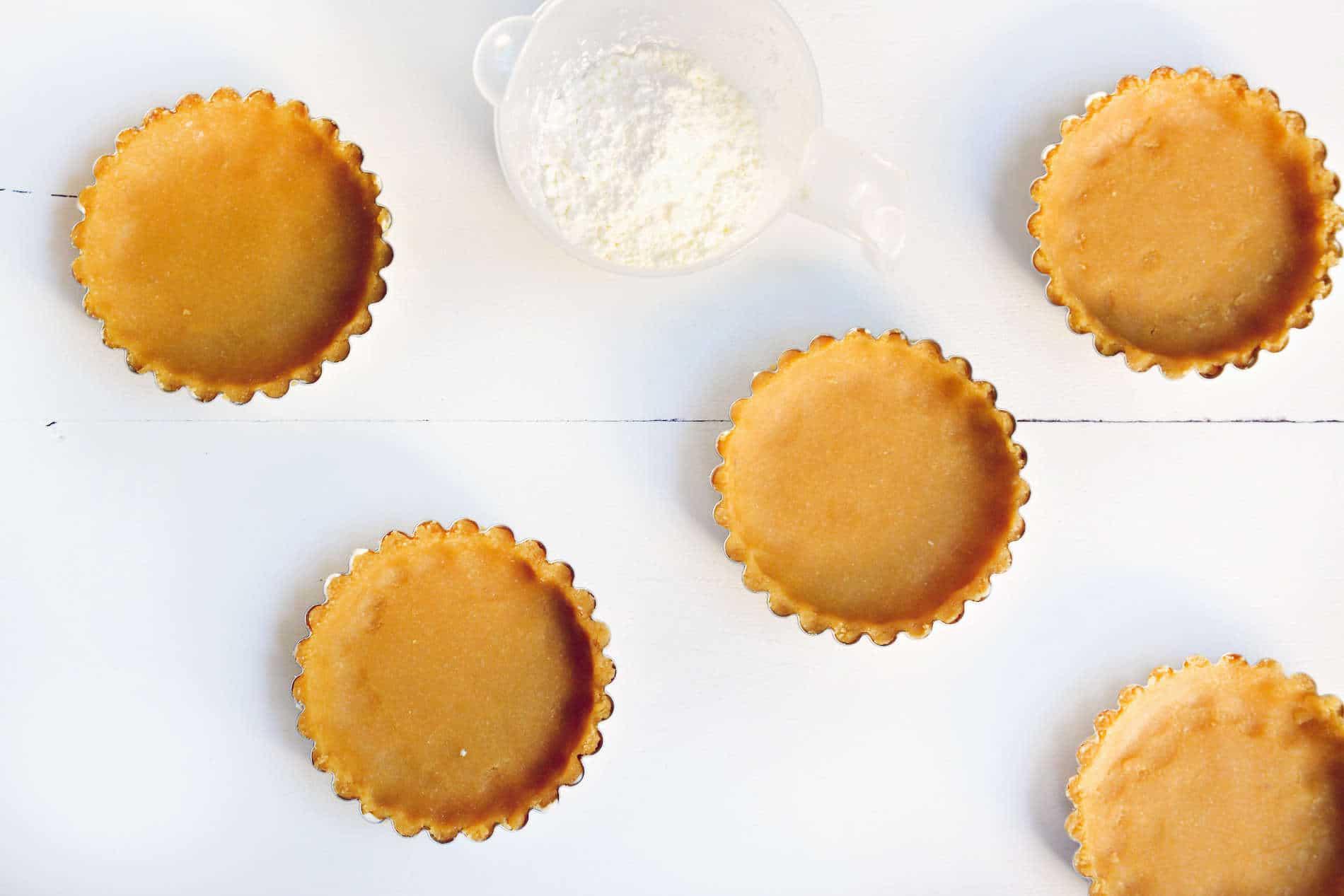 Pâte à tarte sucrée à la noix de coco // Sans gluten, sans lactose