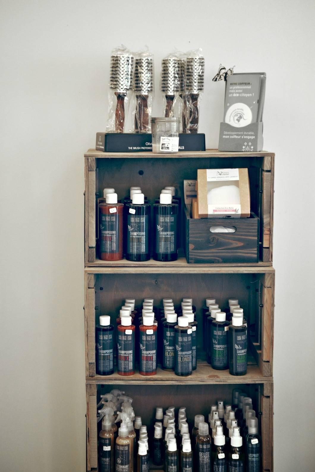 Shampoing Marcapar au salon de coiffure Beauté bio à Saint Germain-en-Laye (Yvelines) - 22 v'la Scarlett