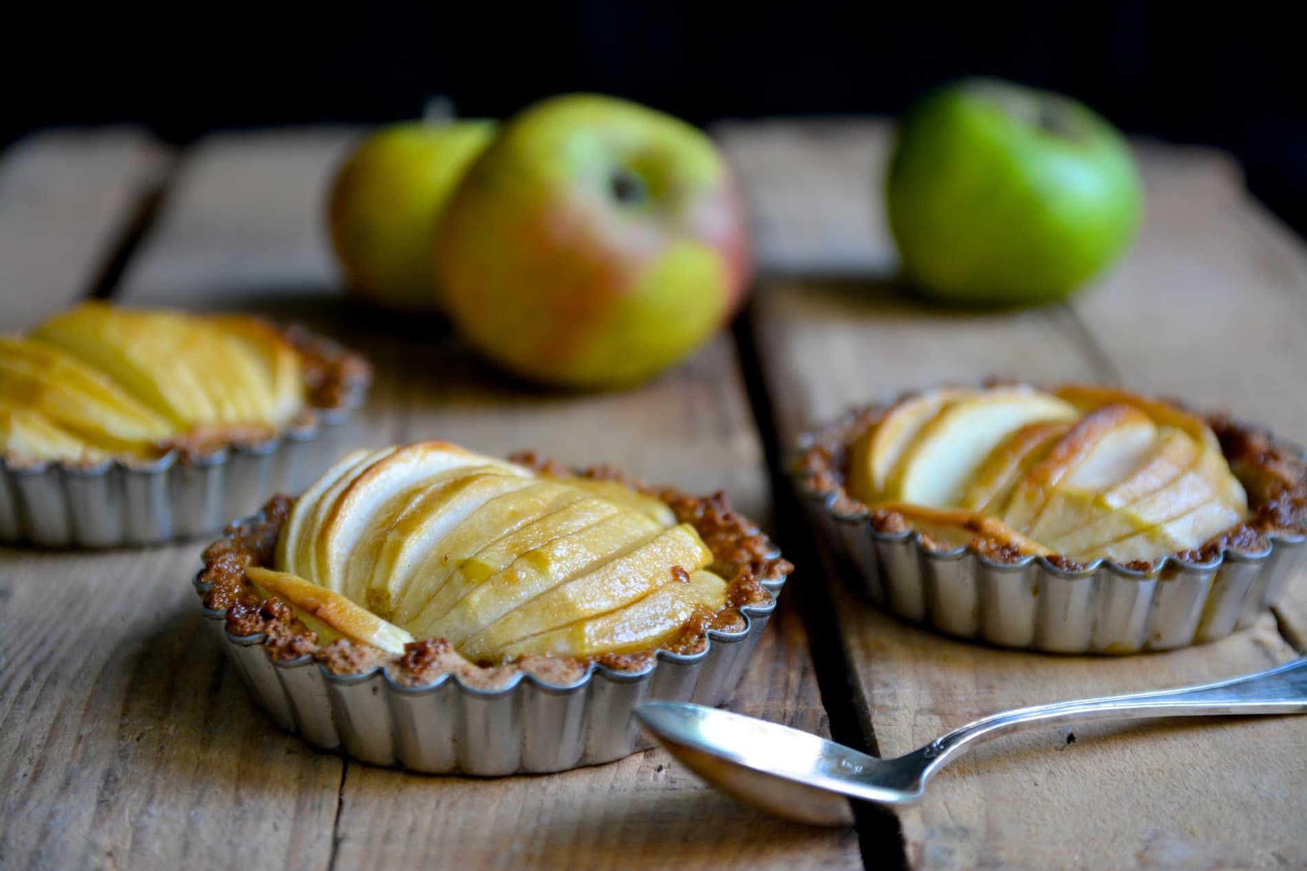 Tartelettes aux pommes et au caramel // Sans gluten, sans lactose