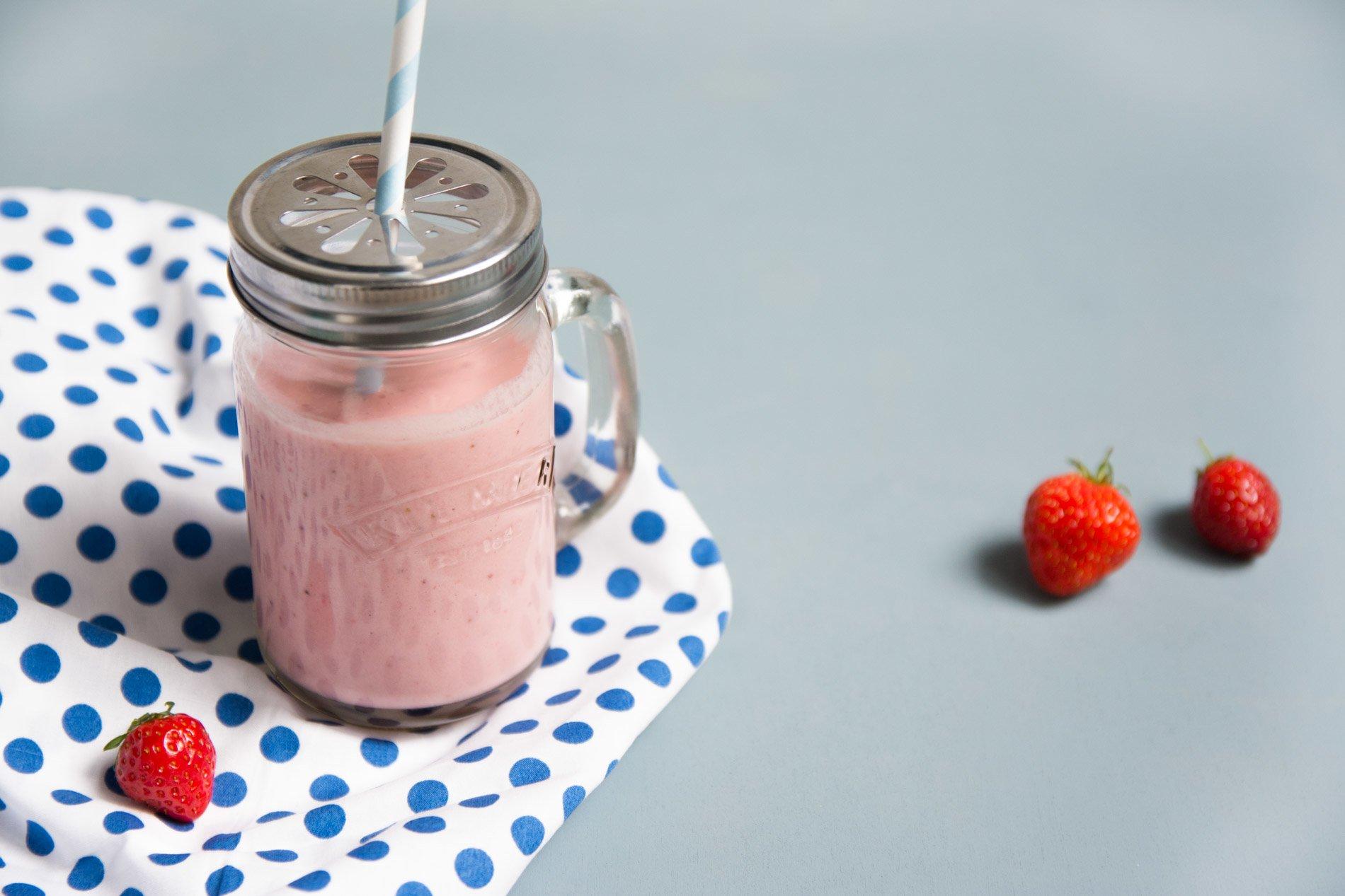 Milkshake à la fraise sans lactose - 22 v'la Scarlett