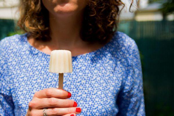 Ma recette tellement simple de bâtonnets glacés amande et miel sans lactose et sans gluten - 22 v'la Scarlett