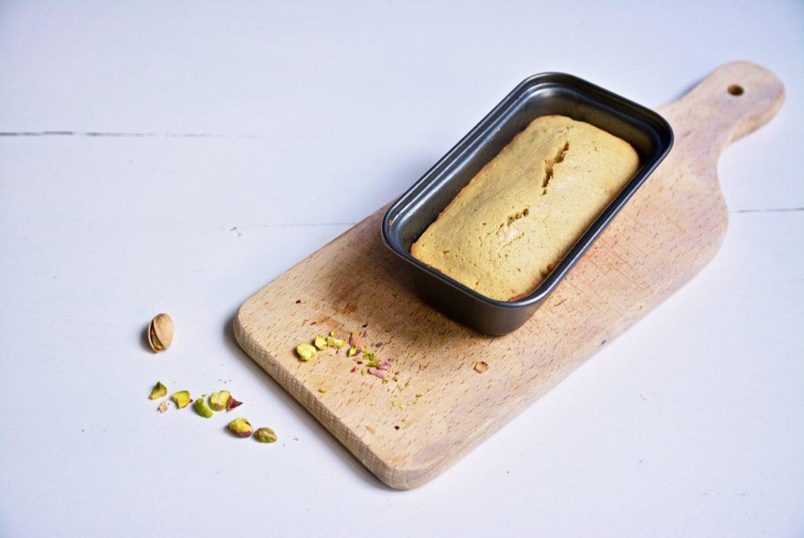 Ma recette de cake à la pistache et aux amandes, sans gluten et sans lait