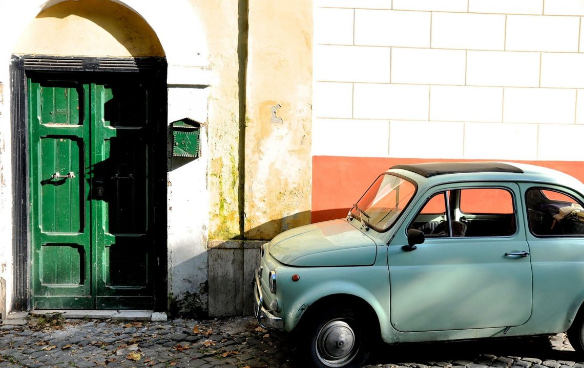 Dans les ruelles de Trastevere à Rome - 22 v'la Scarlett