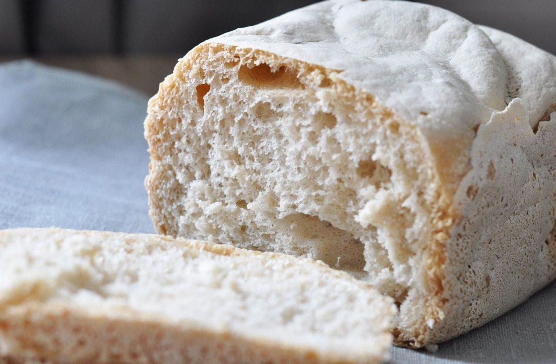 Pain sans gluten à la machine à pain - 22 v'la Scarlett