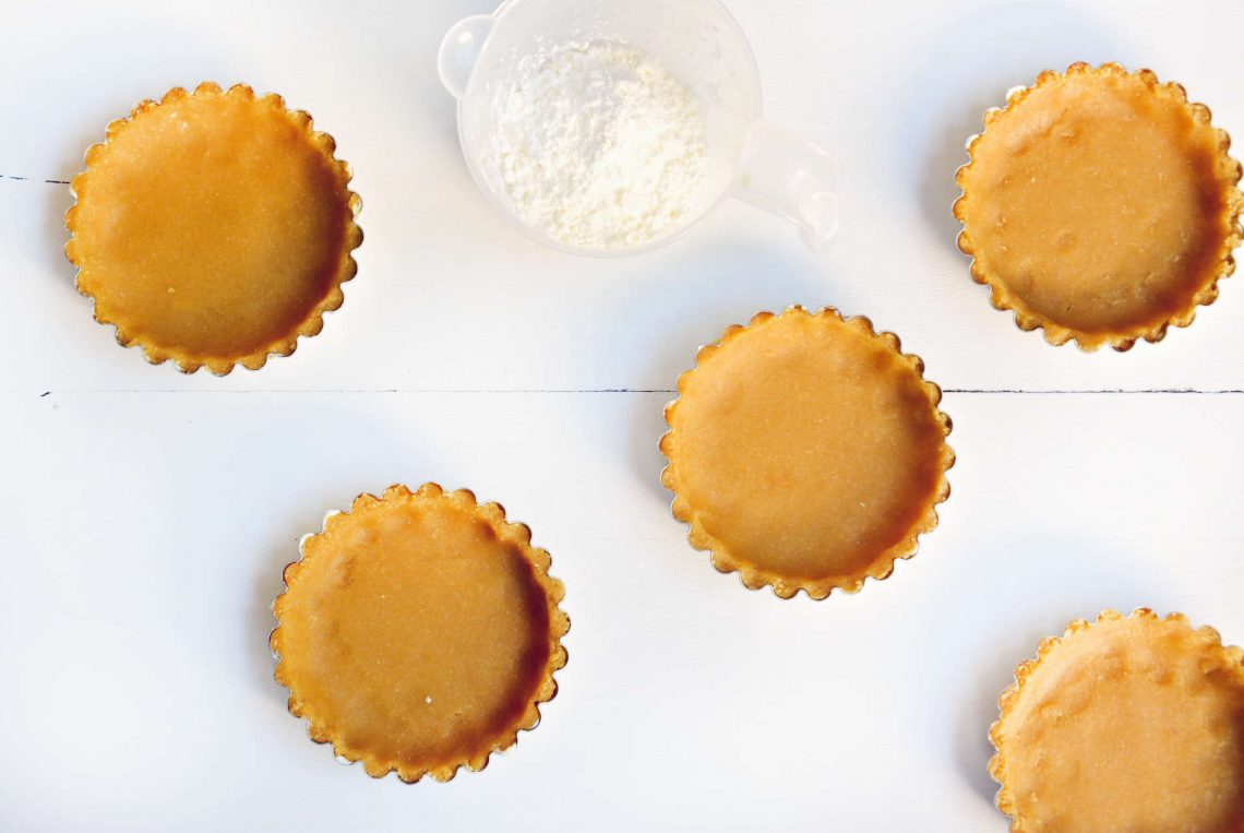 Une pâte à tarte sucrée maison sans gluten ni lactose à la noix de coco - 22 v'la Scarlett